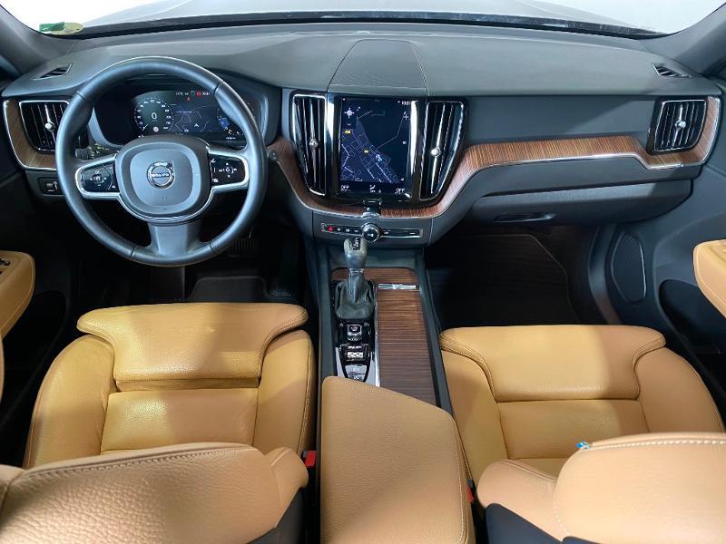 Volvo XC60 D5 AWD 235ch Inscription Geartronic Marron occasion à Labège - photo n°11