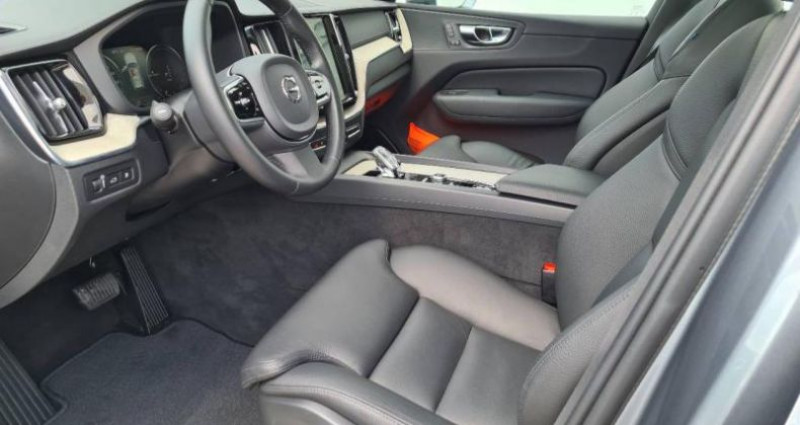 Volvo XC60 T8 AWD Recharge 303 + 87ch Inscription Luxe Geartronic Gris occasion à AUBIERE - photo n°5