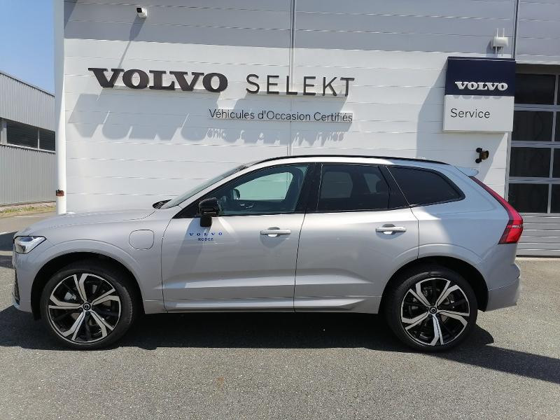 Volvo XC60 T8 AWD Recharge 303 + 87ch R-Design Geartronic Argent occasion à Onet-le-Château - photo n°4