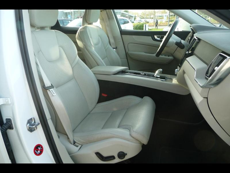 Volvo XC60 T8 Twin Engine 320 + 87ch Inscription Luxe Geartronic Blanc occasion à Brest - photo n°3