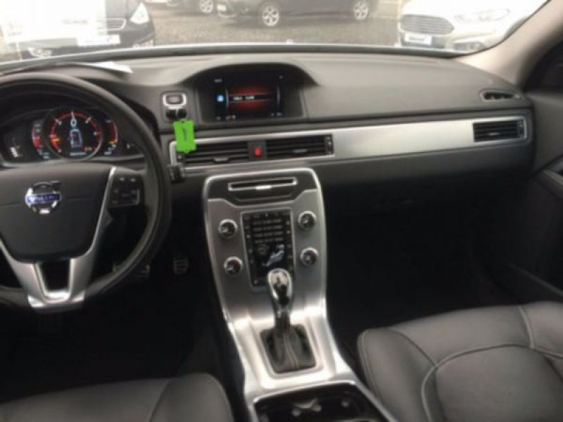 Volvo XC70 D4 AWD Momentum 181 ch Blanc occasion à Beaupuy - photo n°4
