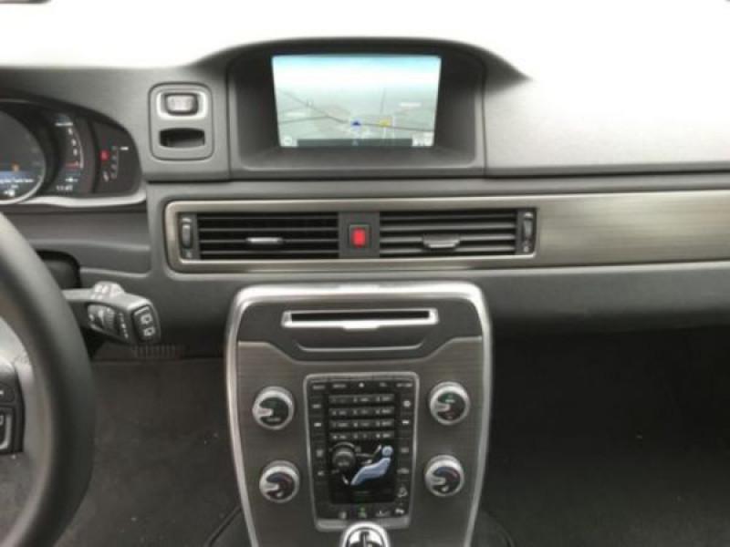 Volvo XC70 D4 AWD Momentum 181 ch Blanc occasion à Beaupuy - photo n°7